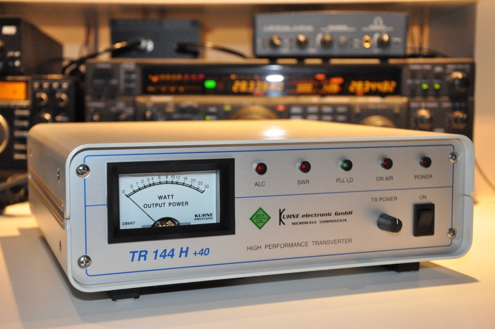 Apr.2013: new transverter TR144 H+40 by KUHNE electronic GmbH of DB6NT